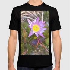 Star in nature, beautiful water lily MEDIUM Mens Fitted Tee Black