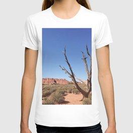 lone desert tree T-shirt