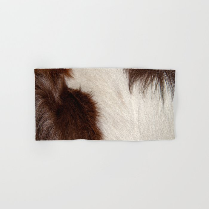 Animal Fur Brown And White Hand Bath