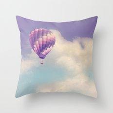 BALLOON FLIGHT Throw Pillow