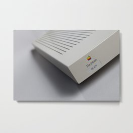 Macintosh LC 475 Metal Print