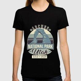 Arches National Park Utah Est 1929 T-shirt