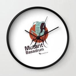 Hexinverter.net – Mutant Bassdrum Wall Clock