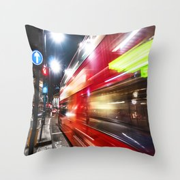 quick bus in london Throw Pillow