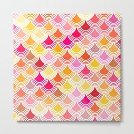 Bohemian Fish-scale Pattern - Hues of Warm Gold and Pink Metal Print