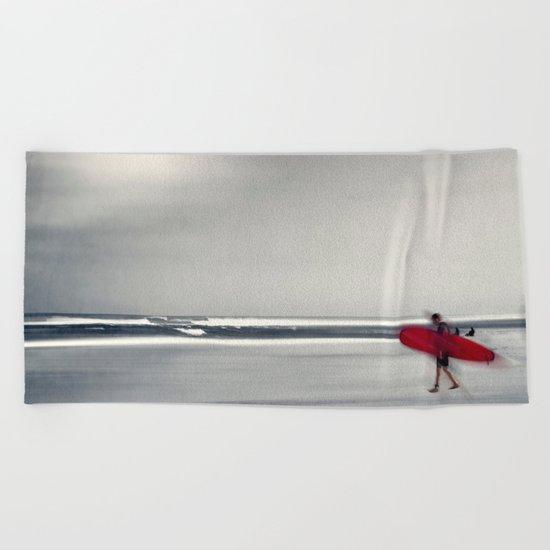 RED surfBoard 16 Beach Towel