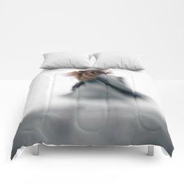 Walking women Comforters