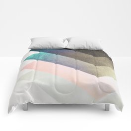 Geometric Layers Comforters