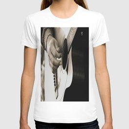 Pickin' T-shirt