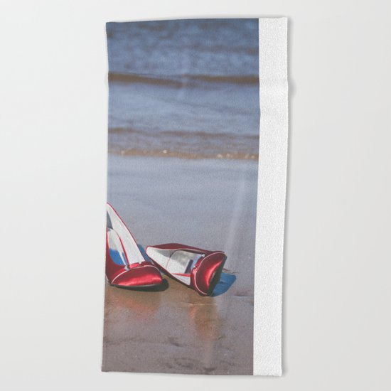 Red High-Heeled Shoes Beach Towel