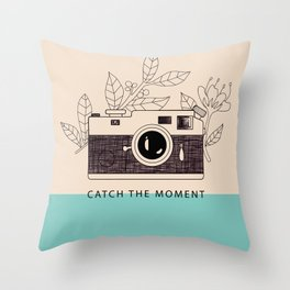 Catch the moment Throw Pillow