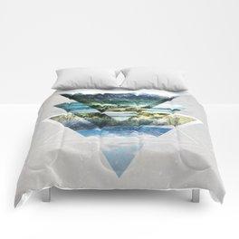 Mirror lake Comforters