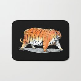Big tigre in black Bath Mat