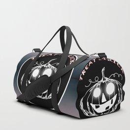 Pumpkin:Treat or Trick Duffle Bag