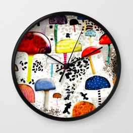 Mein Ein, mein Alles - Mushrooms Abstract Botanical Art - cute animal print - Leopard Muster Wall Clock