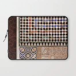 Details in The Alhambra Palace. Gold courtyard Laptop Sleeve