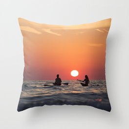 sunset on the ocean Throw Pillow