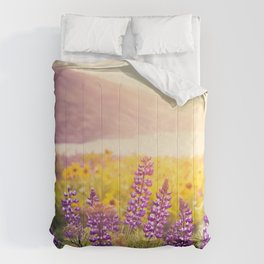 Columbia Gorge Wildflowers Comforters