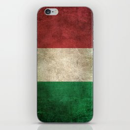 Old and Worn Distressed Vintage Flag of Italy iPhone Skin