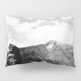 Teide in black Pillow Sham