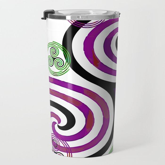 Modern Celtic Plum and Green Triple Spiral Pattern Travel Mug