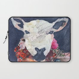 Sheep portrait Laptop Sleeve