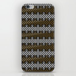 Endless Knot pattern - Gold & white iPhone Skin