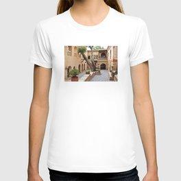 agadir medina courtyard T-shirt