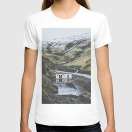 Seljavallalaug, Iceland T-shirt