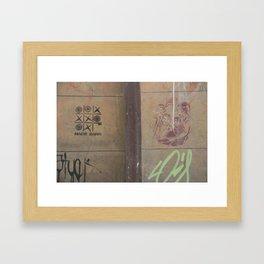 nobody wins (Bogotá) Framed Art Print