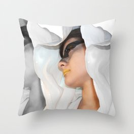 Cin-blanc Throw Pillow
