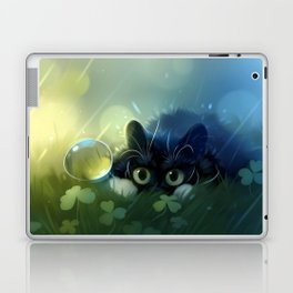 Stealth action Laptop & iPad Skin