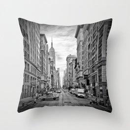 NEW YORK CITY 5th Avenue   Monochrome Throw Pillow