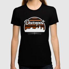 Retro Davenport Iowa Sunset Skyline T-shirt