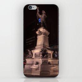 Montréal in November (5 of 11) iPhone Skin