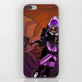Mass Effect - Tali vas Normandy iPhone Skin