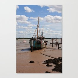 Waiting for the tide. Canvas Print