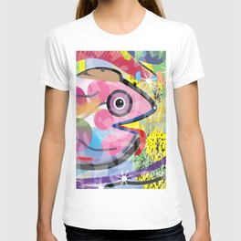 Fish Panting for a Drink with Hemingway in Havana T-shirt