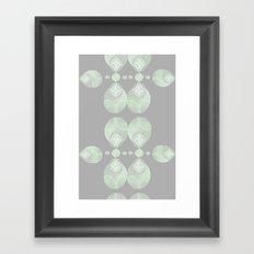 Circe de leaves Framed Art Print