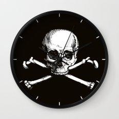 Skull and Crossbones   Jolly Roger Wall Clock