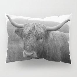 Highland cow I Pillow Sham