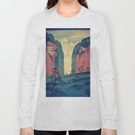 Amazed at Dinyia Long Sleeve T-shirt