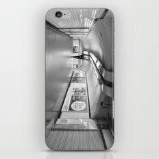 Dans le métro parisien iPhone & iPod Skin