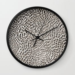 shifting dots in black and white Wall Clock