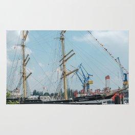 Bark Kruzenshtern in Hamburg Rug