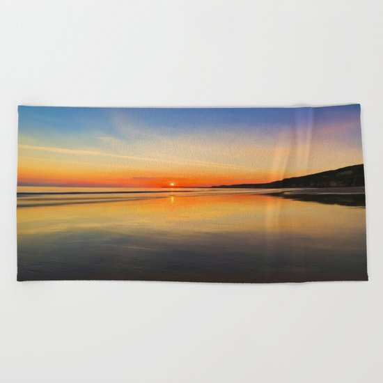 Dawn colours Beach Towel