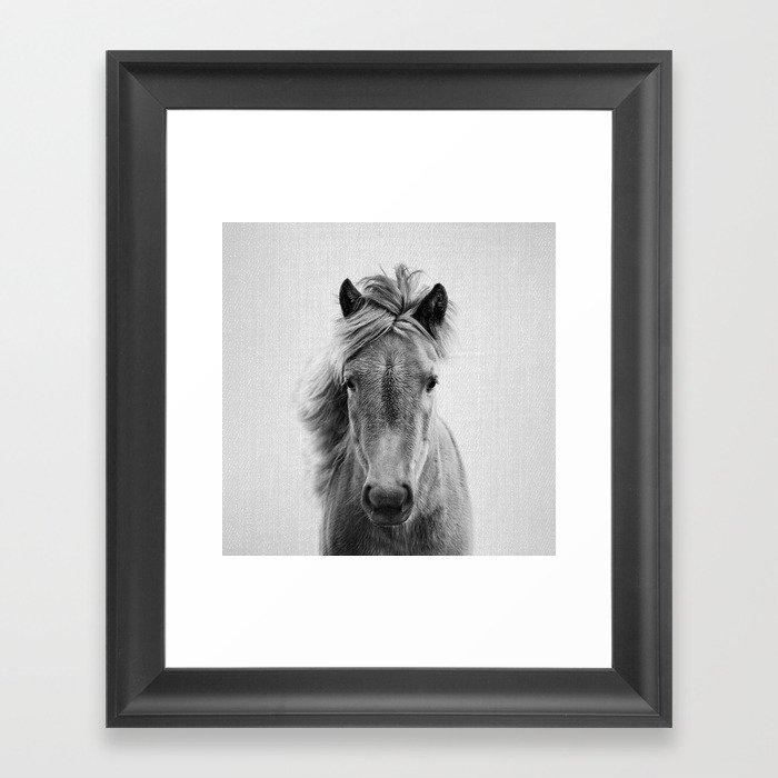 Wild Horse - Black & White Gerahmter Kunstdruck