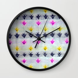 Tres Colores Peces Wall Clock