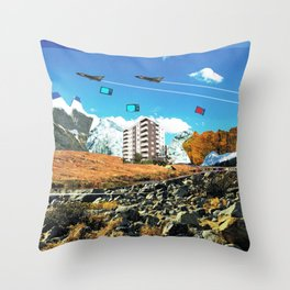 Experiment am Berg 24 Throw Pillow
