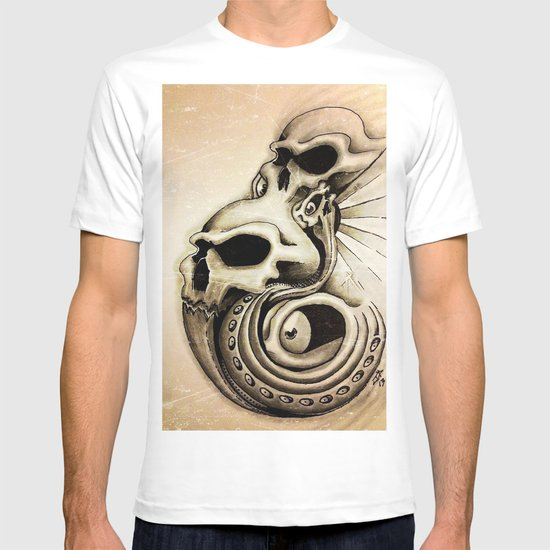 grunged skulls  T-shirt